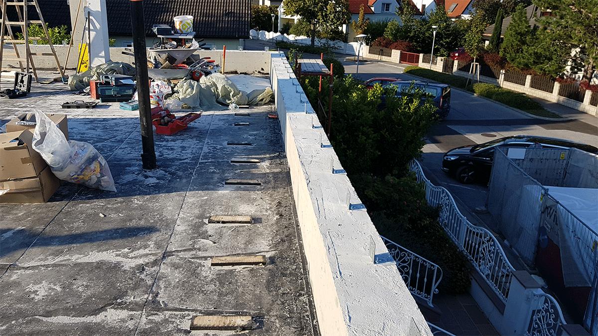 Fertigstellung der Zwischendecke aus Beton