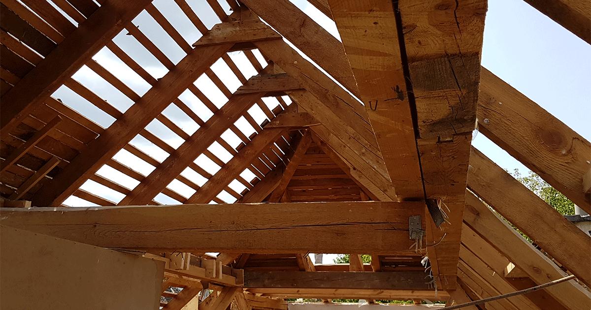 Abbruch des alten Holzdachs
