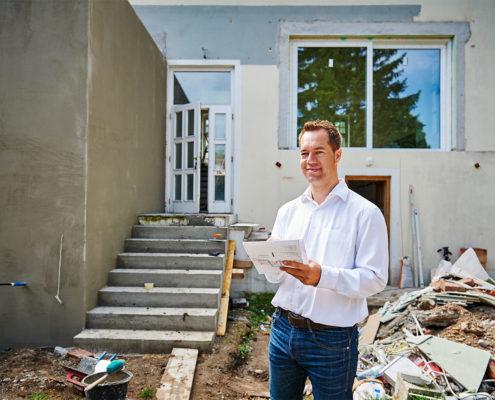 Portrait des Baumeisters und Generalunternehmers Christoph Krickl